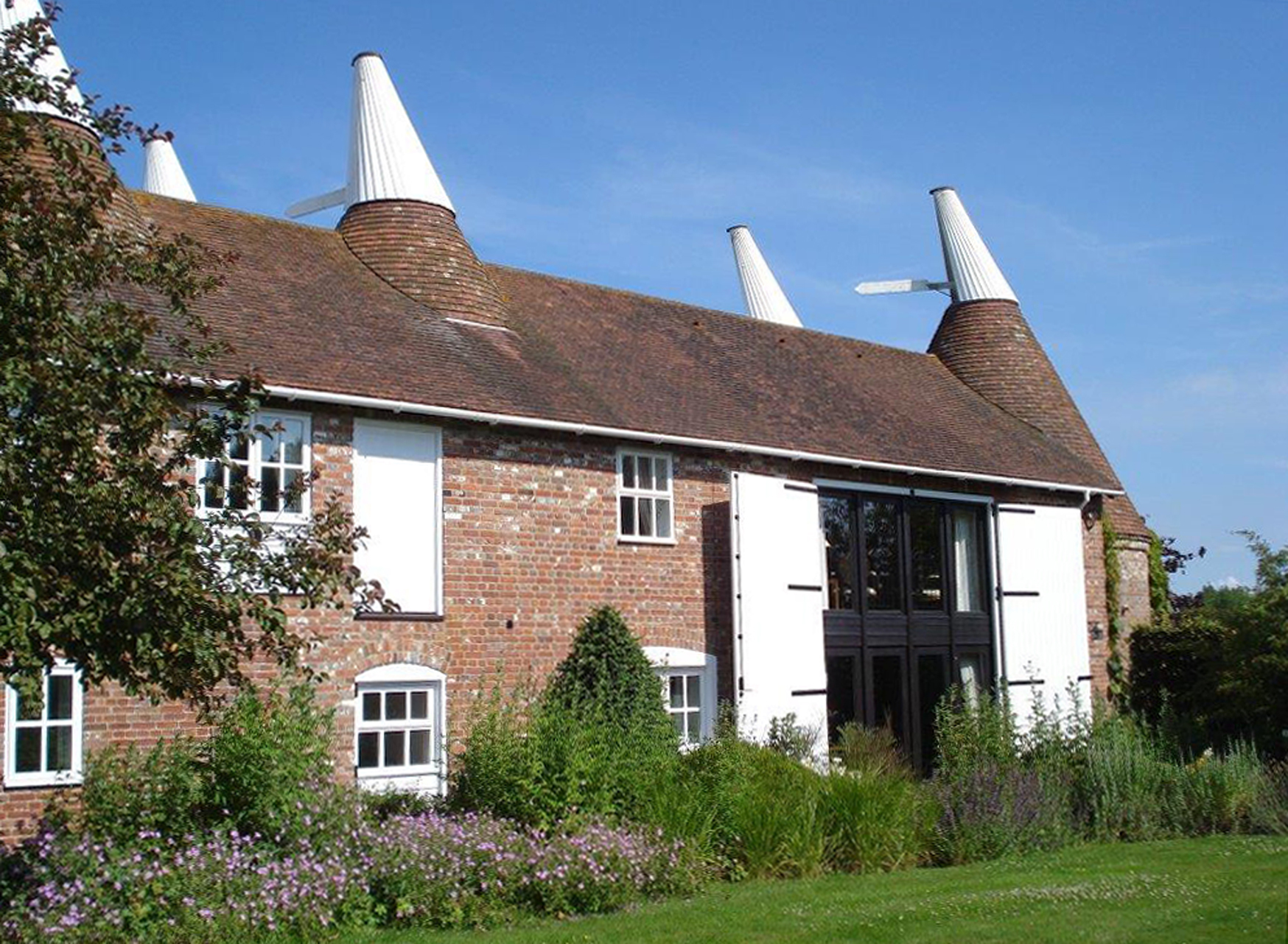 Oast's Exterior in A6 at 300dpi straightened